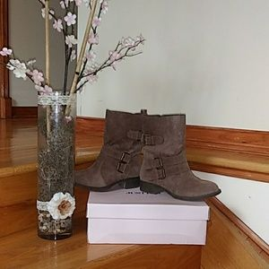 Just Fab Taupe Booties